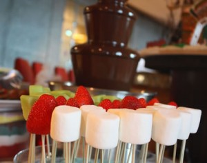 chocolate-fountain-candy-cart-hire